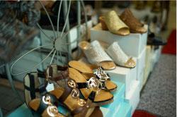 十番ばなし「ケーワイ堂靴店」